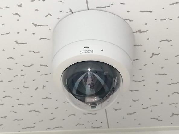 室内カメラ