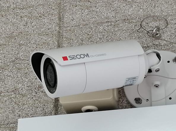 エントランスカメラ